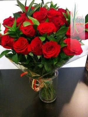 Ramo de 24 rosas funeral